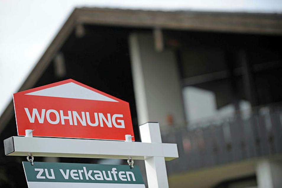 Werden Mietwohnungen in Eigentum umgewandelt, haben betroffene Mieter ein gesetzliches Vorkaufsrecht.