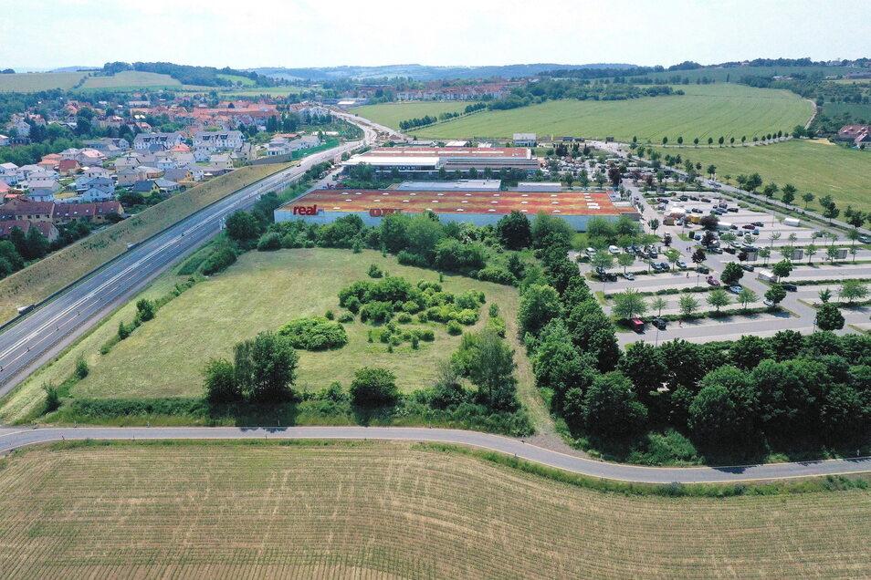 Der geplanter Standort für Motel und Gaststätte an der B170 in Bannewitz.