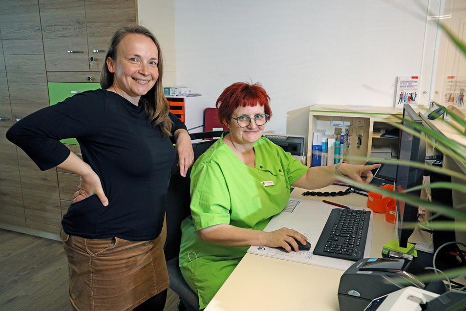 Zwei, die sich auch privat sehr gut verstehen: Krankenschwester Ines Stefanowsky (rechts) ist für Dr. Lucia Cepenova Angestellte und Freundin zugleich.