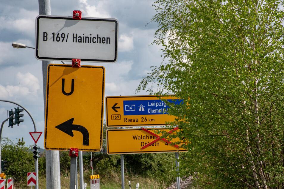 """Laut Anwohnern ist die Umleitungsbeschilderung der Bundesstraße 169 """"sehr unglücklich"""" aufgestellt. Deshalb vertrauen mehr auf ihr Navigationsgerät."""