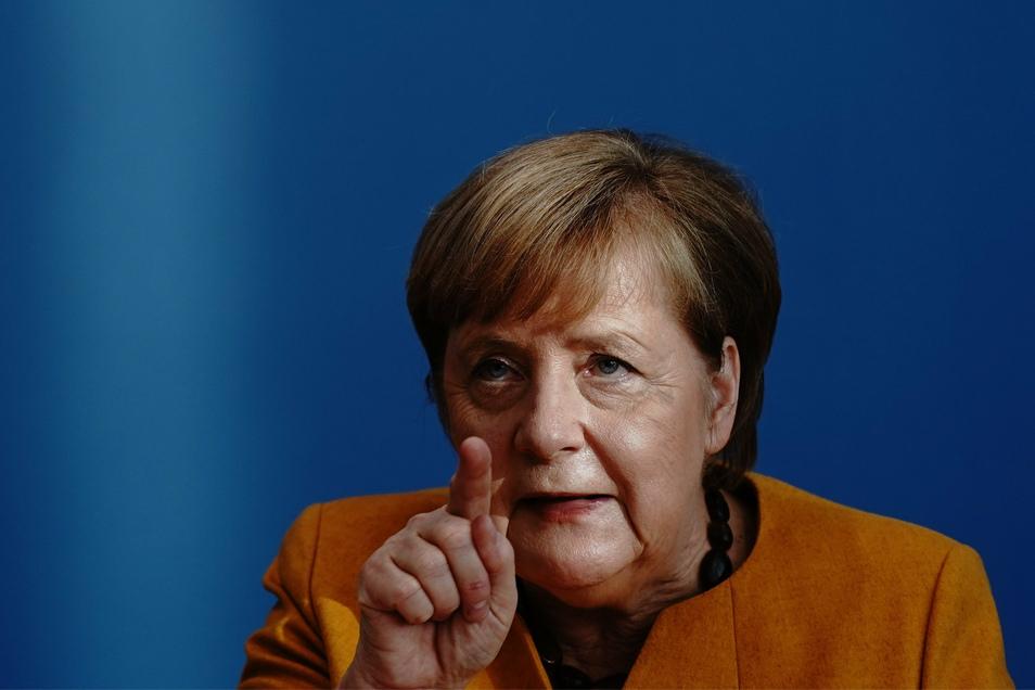 Bundeskanzlerin Angela Merkel (CDU) hat die Menschen dazu aufgerufen, die neuen Corona-Regeln zu befolgen.