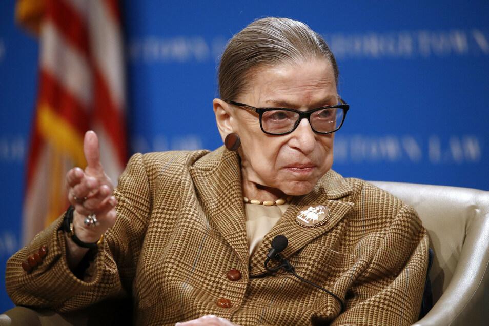 Barrett ersetzt die im September verstorbene liberale Justiz-Ikone Ruth Bader Ginsburg.