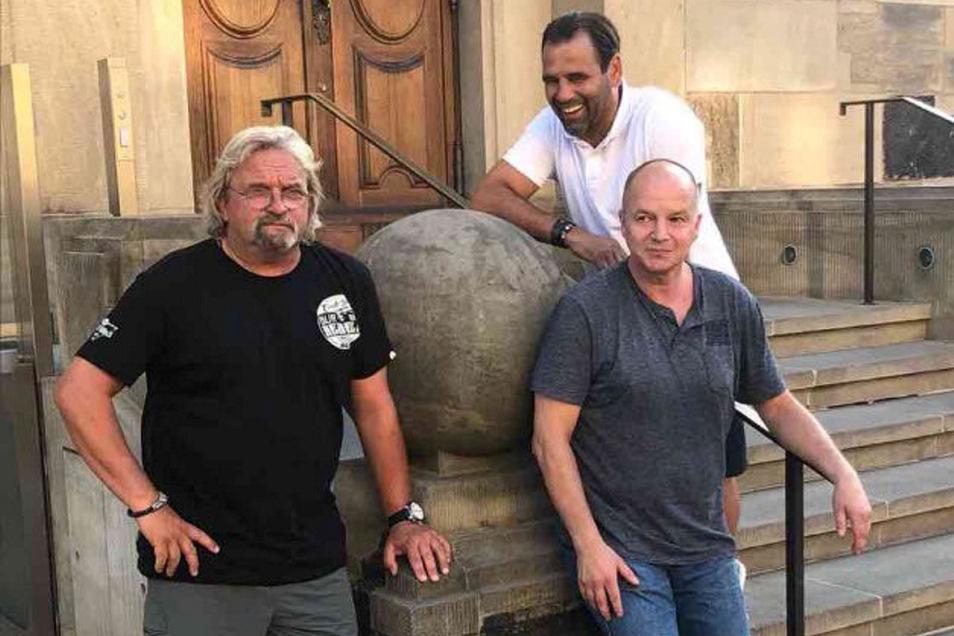 Das letzte Treffen der Freunde zu dritt an der Dresdner Frauenkirche im Juni 2018: Heiko Scholz, Jörg Stübner und Ulf Kirsten.