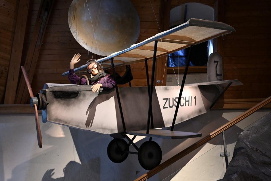 """Amelia fliegt mit """"Zuschi 1"""", gebaut von Robert Marutz."""