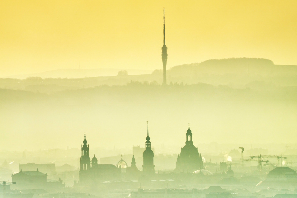 Dresden, kurz nach dem Sonnenaufgang: Der Frühling zeigt sich auch in den kommenden Tagen von seiner besten Seite.