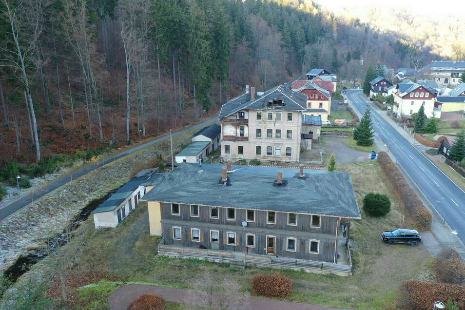 Auch das Ensemble des Fürstenhofes in Kipsdorf ist dem Abriss geweiht.