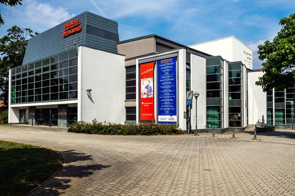 Der Stadt Bautzen fällt es derzeit schwer, ihren Anteil an der Finanzierung des Deutsch-Sorbischen Volkstheaters aufzubringen. Man müsse nach neuen Wegen suchen, sagt OB Alexander Ahrens (SPD).