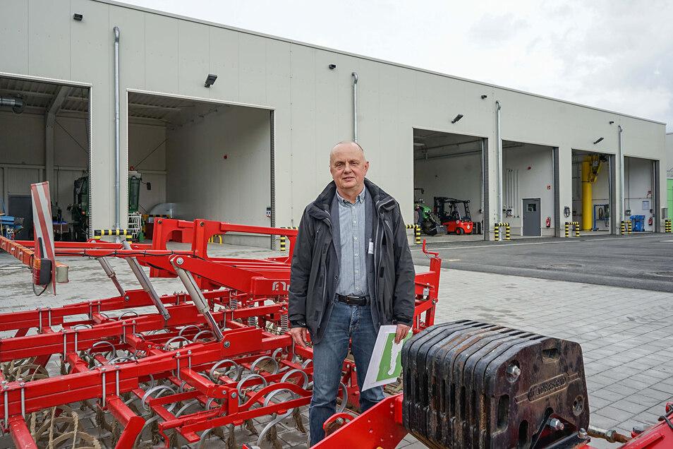 Pierre Seibold leitet die Versuchsstation Pommritz. Er ist sehr froh über den Neubau, den er nun mit seinen Mitarbeitern nutzen kann.