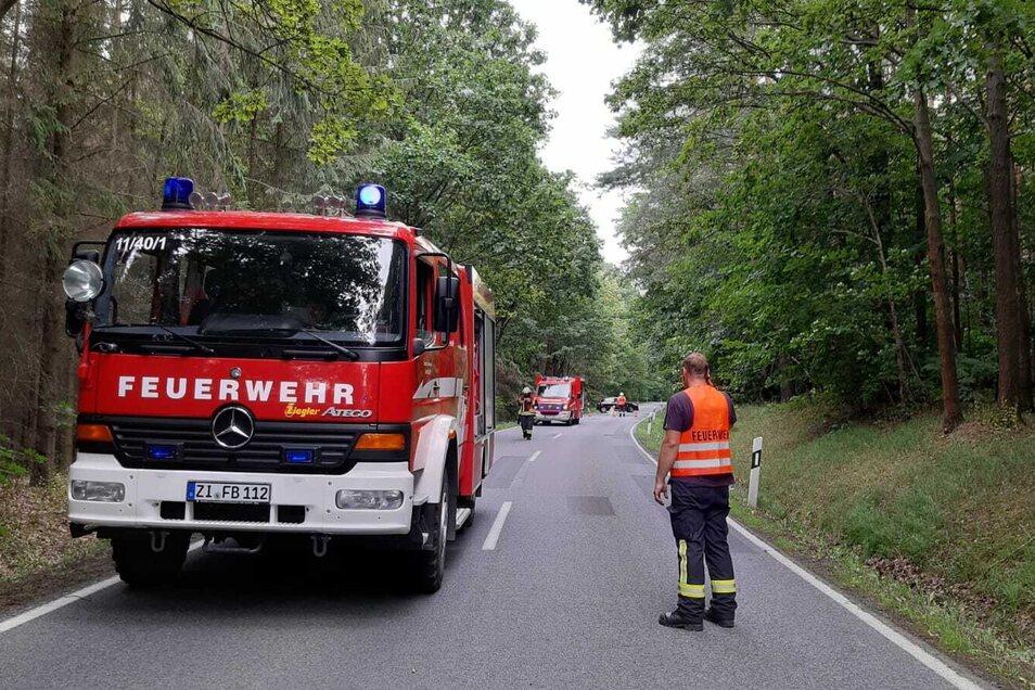 Die Feuerwehr sicherte die Unfallstelle ab.