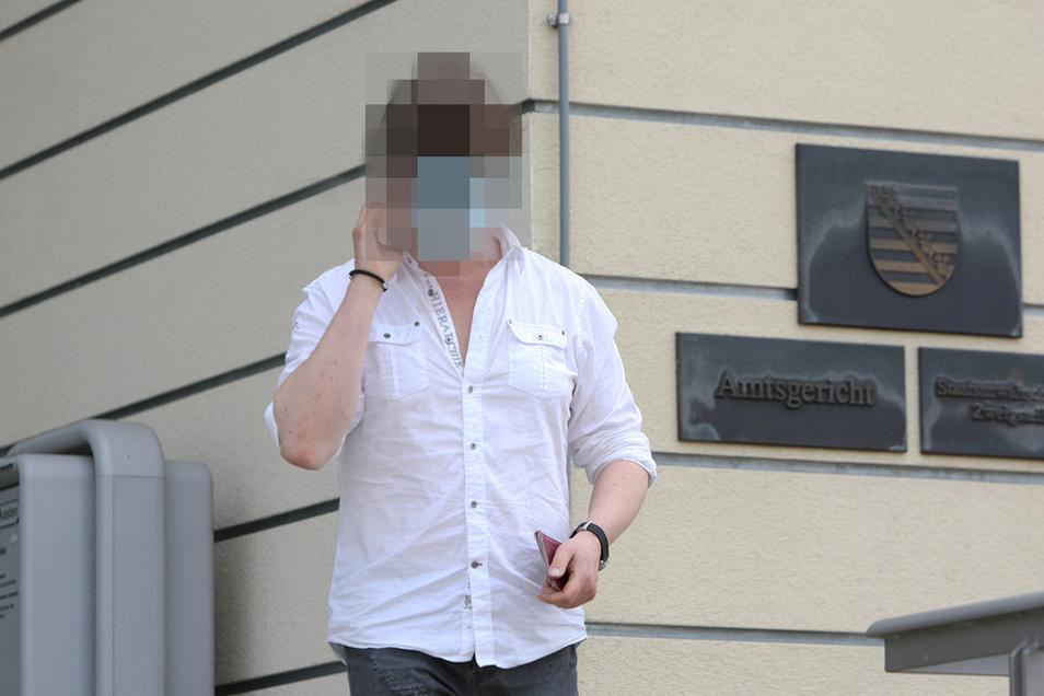 Der Angeklagte Robert K. gab sich bei dem Prozess vor dem Pirnaer Amtsgericht wenig einsichtig.