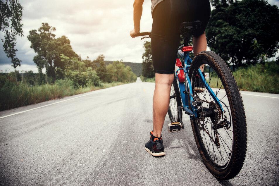 Schwimmen, Radfahren, Laufen: Der Körper wird beim Triathlon vielseitig gefordert.
