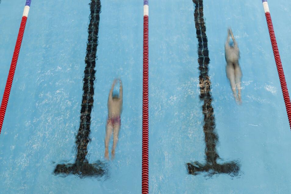 Auch die Schwimmhallen dürfen wieder öffnen - wenn ein vorab vom Gesundheitsamt genehmigtes Hygienekonzept vorliegt.