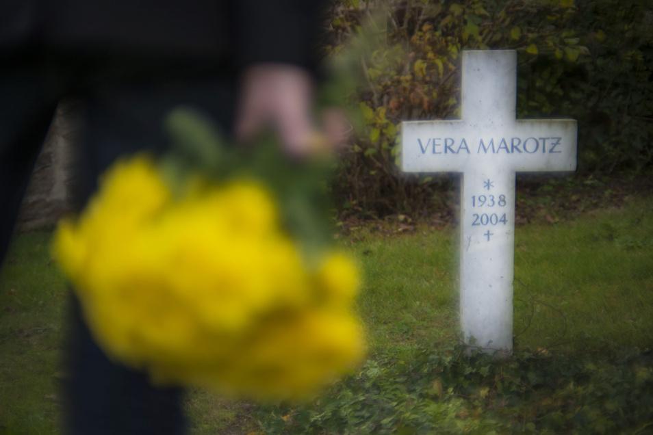 Einer der bekanntesten ungeklärten Mordfälle im Kreis Meißen ist der Tod von Vera Marotz.  Ihr Grab befindet sich auf dem Glaubitzer Oberen Friedhof.