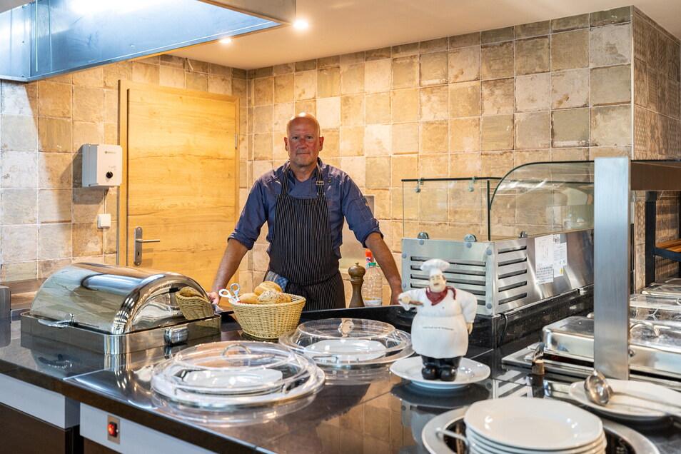 Im Front-Coocking-Bereich bereitet der Koch das Essen frisch zu und ist gleichzeitig der Ansprechpartner für die Gäste.