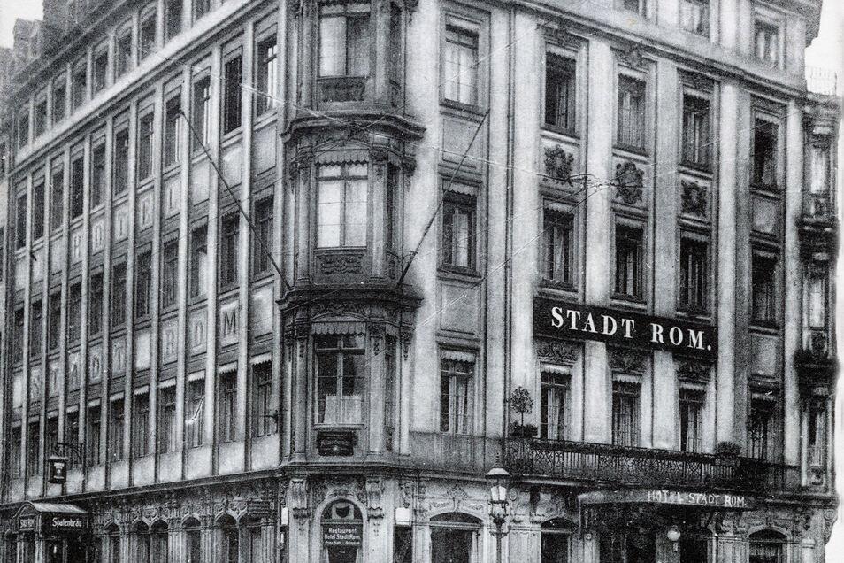 Das Hotel Stadt Rom auf dem Dresdner Neumarkt um 1910 auf einer Postkarte. Das Gebäude soll wiederaufgebaut werden.