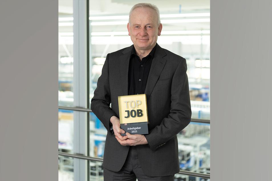 Dr. Manfred Jagiella ist Geschäftsführer von Endress & Hauser Liquid Analysis und Mitglied des Vorstands der Endress & Hauser Gruppe. Das Unternehmen hat zwei Auszeichnungen erhalten.