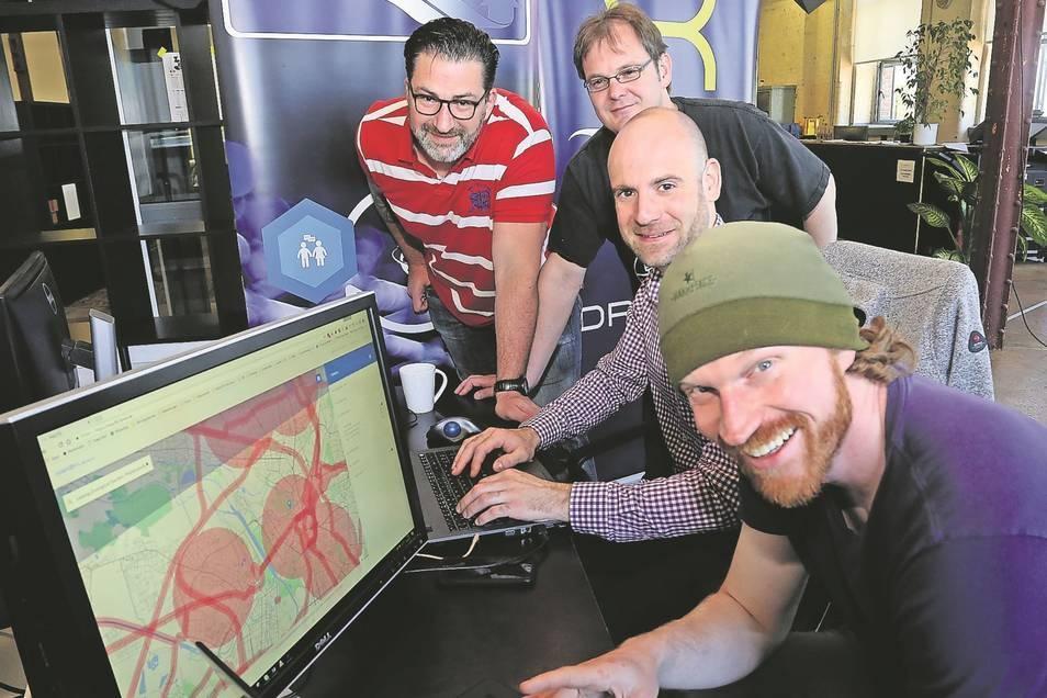 Die Flynex-Gründer Andreas Dunsch (v. r.), Michael Petrosjan , Holger Dirksen und Christian Caballero