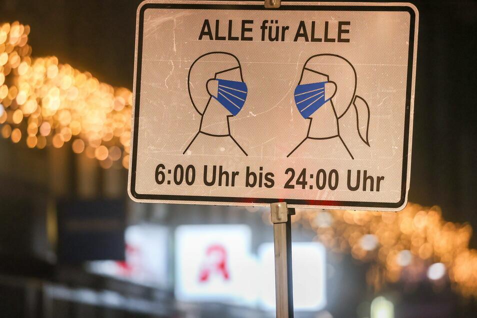 In Sachsen gilt nach wie vor eine Maskenpflicht in öffentlichen Räumen.