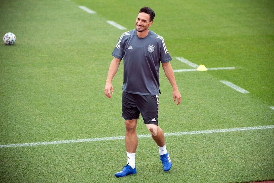 Hat nach seiner Verletzung an der an der Patellasehne wieder gut lachen: Mats Hummels.