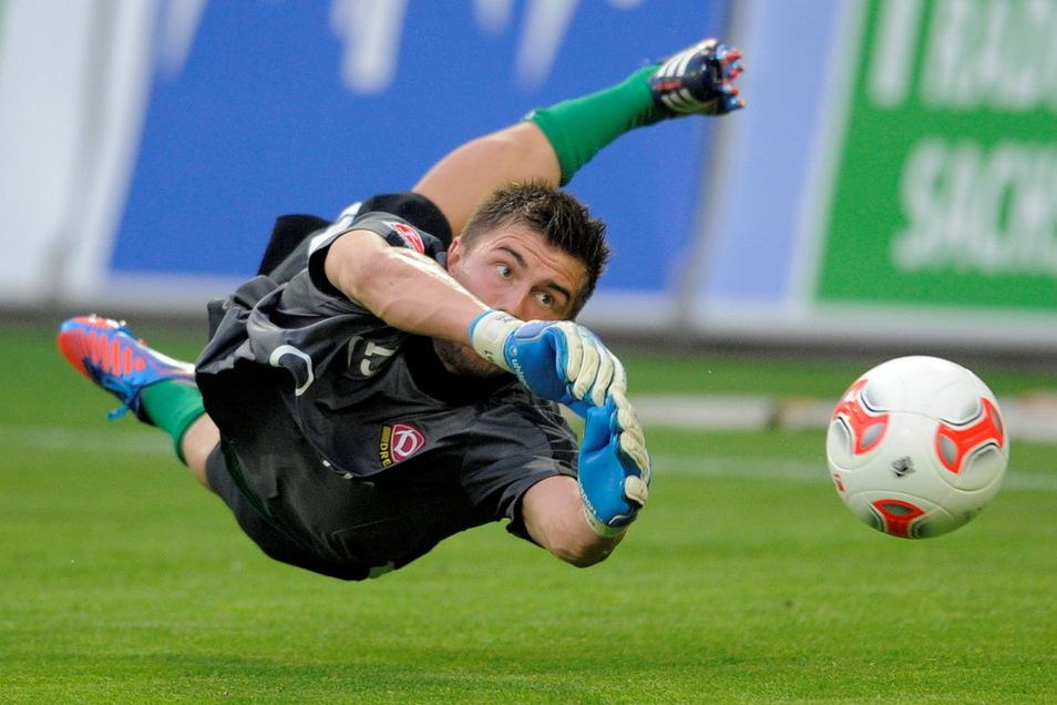 Paraden waren seine Stärke. Bei Dynamo stand Benny Kirsten in 124 Pflichtspielen zwischen den Pfosten, davon 74 in Liga zwei sowie drei im DFB-Pokal. Nun muss er wegen einer schweren Knieverletzung aber seine Karriere beenden.