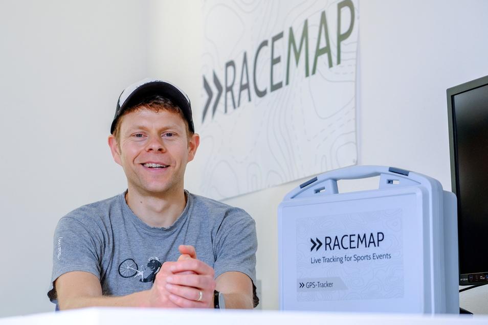 Konrad Treppe von der Racemap GmbH in seinem Büro in Dresden.