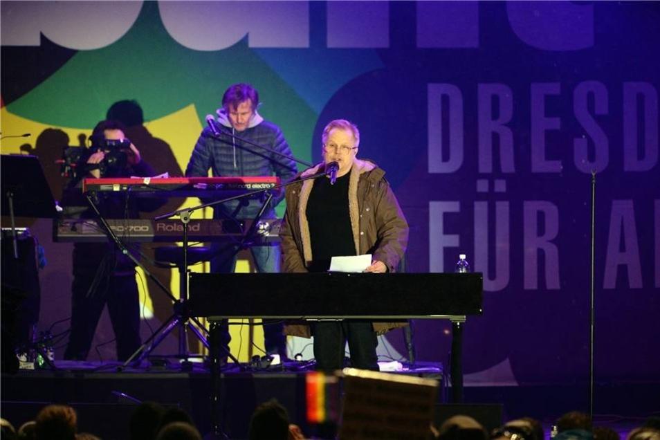 ... vor dem Dresdner Publikum.