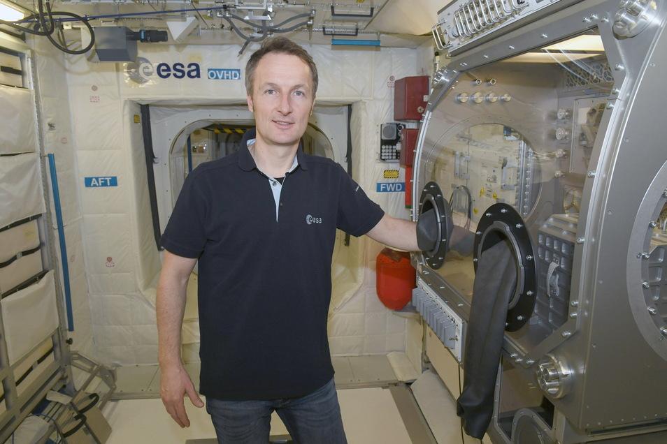 Der Astronaut Matthias Maurer soll am 23. Oktober zur ISS starten. Läuft alles nach Plan, wird er der zwölfte Deutsche im All sein - und der vierte Deutsche auf der ISS.
