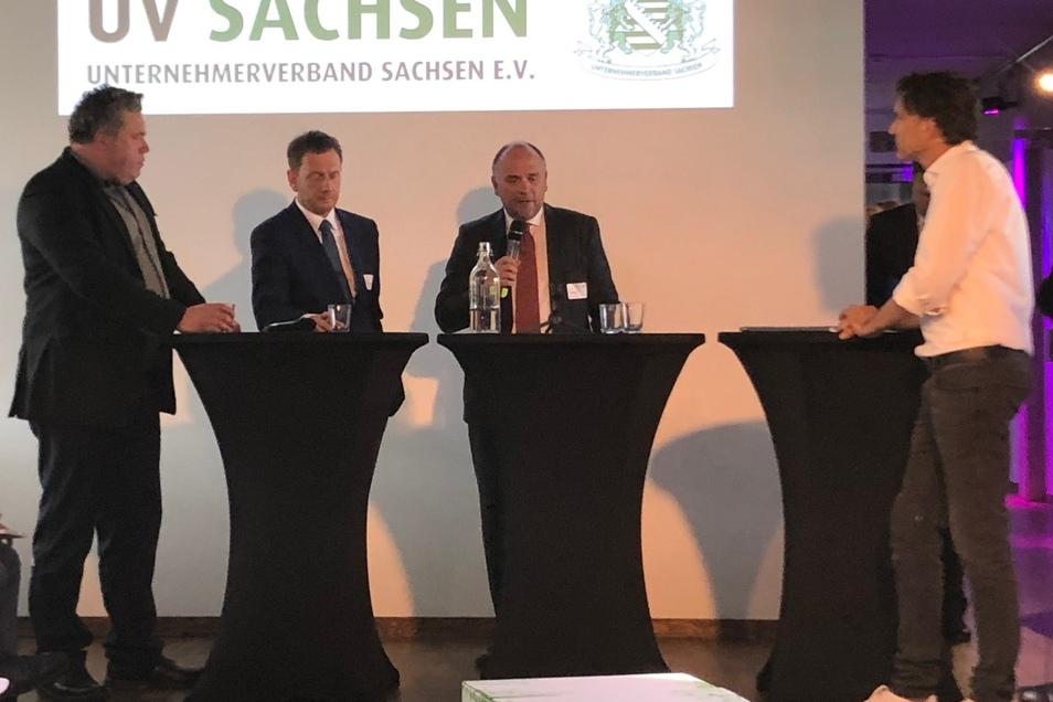In der Diskussion auf dem neuen Campus von TAG 24 im Haus der Presse: Dietrich Enk, Michael Kretschmer, Reint E. Gropp und TAG 24 Chefredakteur Robert Kuhne.