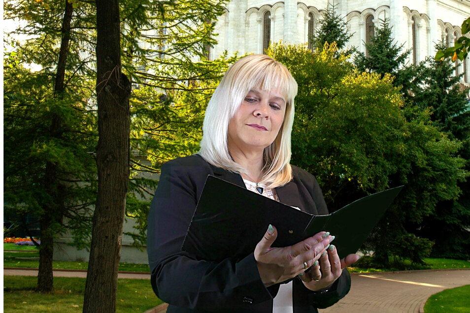 Mit ihren Reden möchte Katrin Lachmann Trost spenden. Bevor sie Trauerreden hielt, stand sie als Sängerin auf der Bühne.