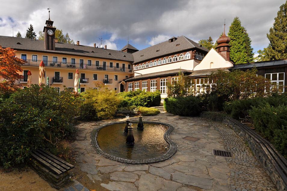 Velke Losiny ist schon seit dem 16. Jahrhundert für sein heilendes Wasser bekannt.