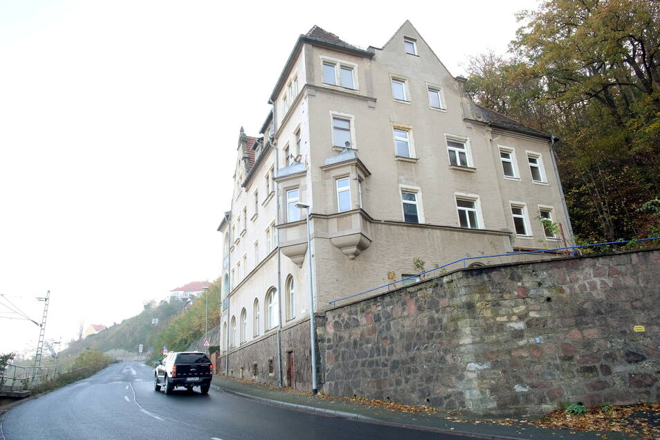 Haben die Verkäufer des Hauses der Wilsdruffer Straße 2 bewusst verschwiegen, dass es beim Ausbau der Straße abgerissen werden dürfte?