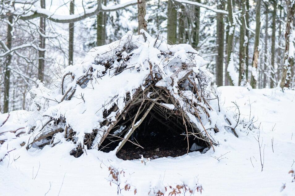 ... jetzt noch ein Feuer und der Schnee isoliert so gut wie Styropor.