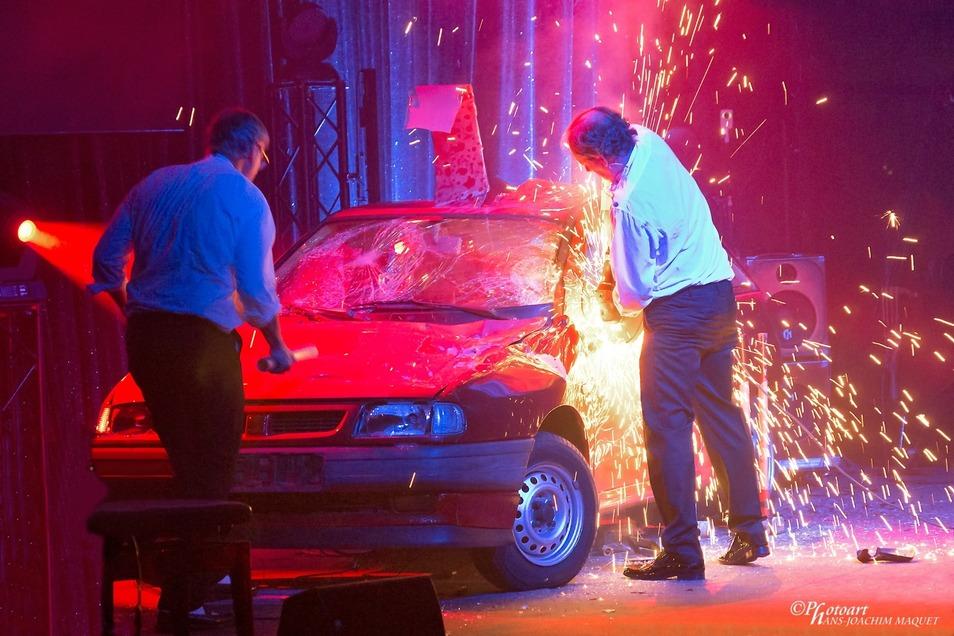 Am Freitag abend in Großenhain: AutoAuto! - RHYTHM & CRASH IN CONCERT