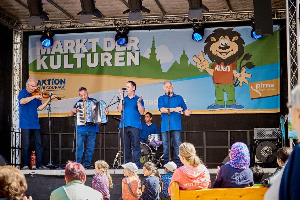 Markt der Kulturen 2019 in Pirna: Nach dem coronabedingten Aus 2020 soll die Idee aber dennoch in diesem Jahr aufleben.