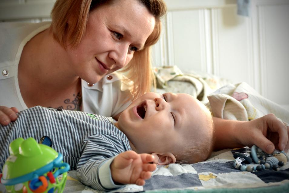 Melanie Krause und ihr Sohn Anton. Nach einer dramatischen Geburt ist der Junge geistig und körperlich schwer behindert.