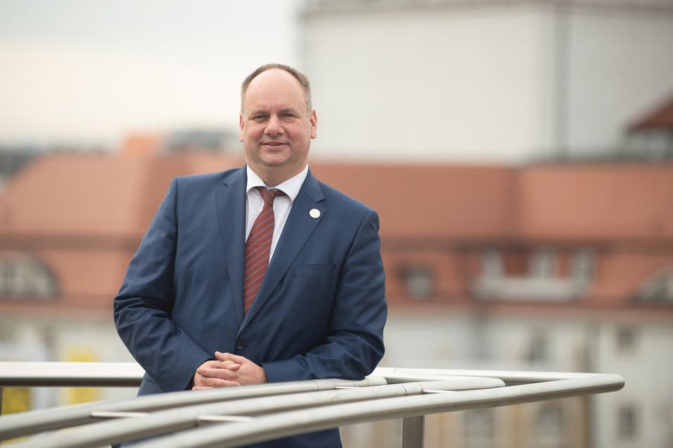 Oberbürgermeister Dirk Hilbert richtet sich vorm Wochenende mit einem Appell an alle Dresdnerinnen und Dresdner.