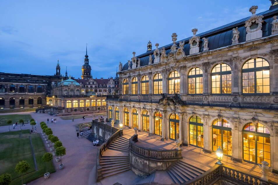 Museumsnacht: So einladend wird die Porzellansammlung im Zwinger auch am Samstag abend leuchten.
