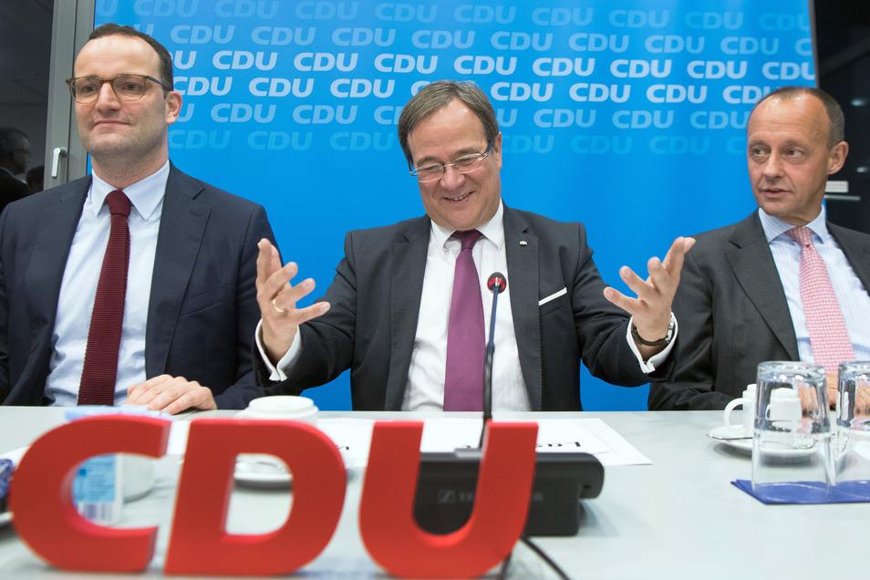 Sie gelten als die aussichtsreichsten Kandidaten als Nachfolger von CDU-Chefin Annegret Kramp-Karrenbauer: Jens Spahn, Armin Laschet und Friedrich Merz (v.l.n.r.).