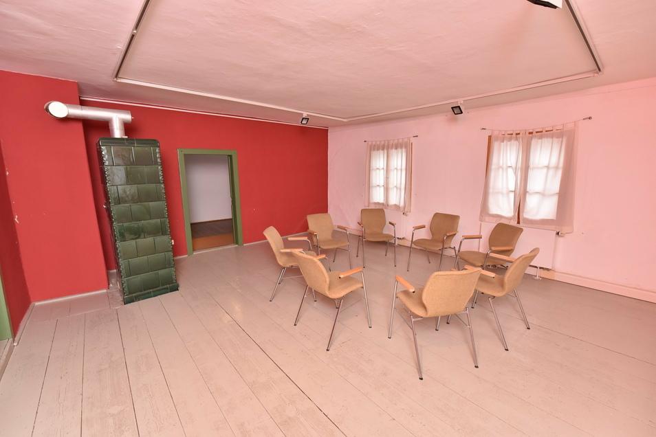 Im kleinen Saal im Obergeschoss hat der Wetterverein Filmvorführungen und Vorträge geplant. Der Raum könnte aber für Hochzeiten und Firmenfeiern angemietet werden.