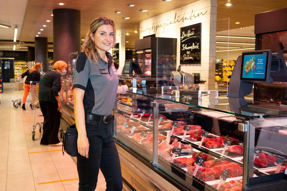 Konsum-Marktleiterin Marie Princen kann sich freuen: Ihr Markt am Schillerplatz gehört laut Branchenzeitschrift zu den besten Deutschlands.