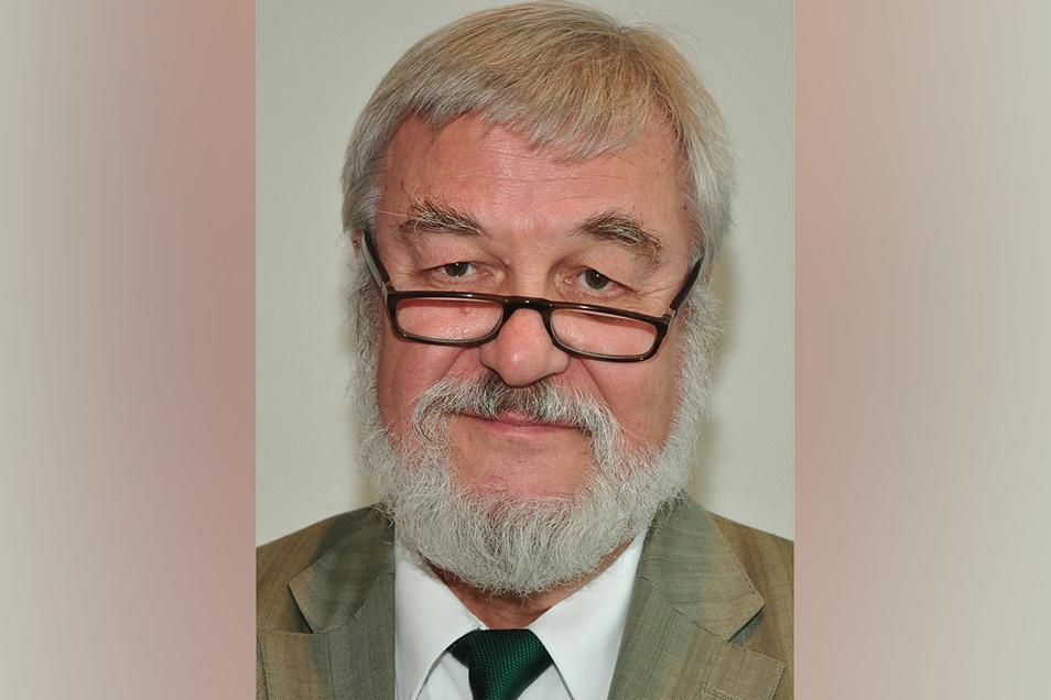 Dr. Frank Härtel ist Psychiater. Er war 20 Jahre Chefarzt des Psych. Fachkrankenhauses Wiesen. Der 72-Jährige lebt in Zwickau.
