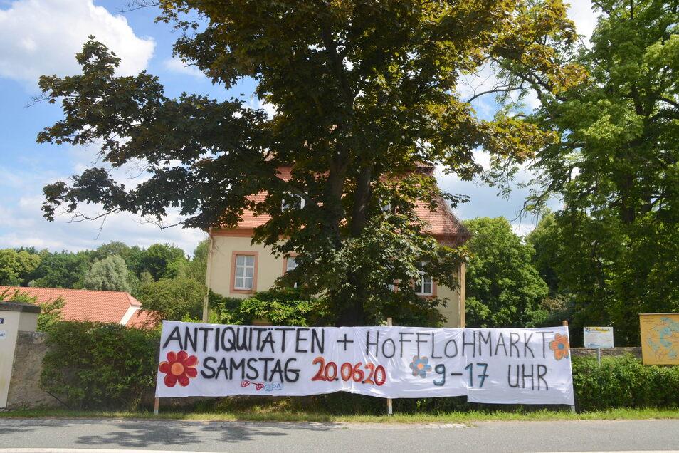 Am Herrenhaus Dittmannsdorf an der Nieskyer Straße 7 findet der Flohmarkt statt.