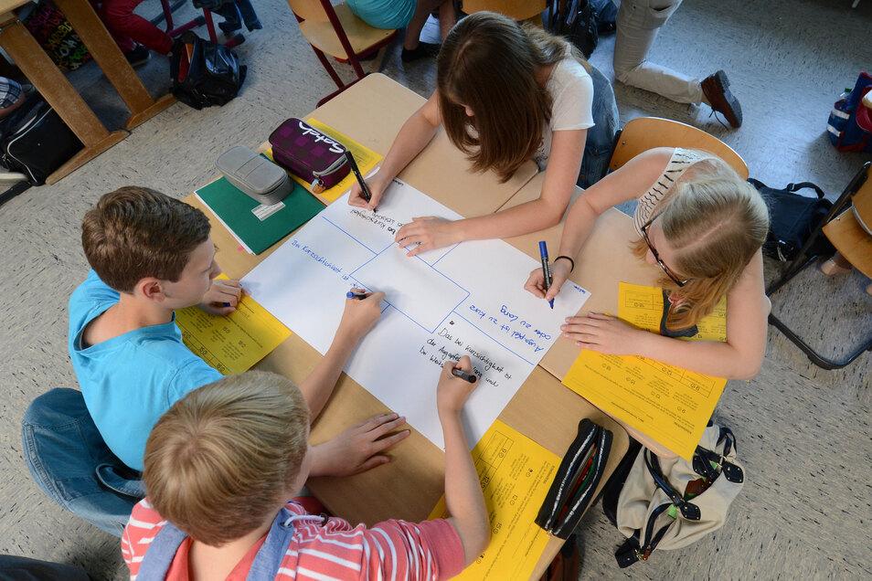 Jahrgangsgemischte Gruppen statt Klassen und fächerübergreifende Angebote gehören zum Konzept des Schulvereins.