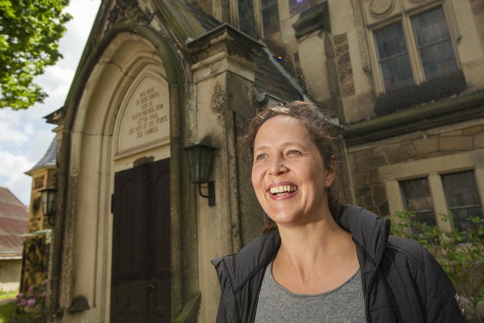 Annegret Fischer, Pfarrerin der Friedenskirche, leitet das neue gemeinsame Pfarramt für das Kirchspiel Radebeul und Moritzburg/Reichenberg.
