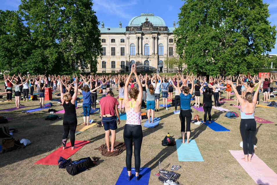 Auch Yoga-Kurse gehören zum Programm des Palaissommers.