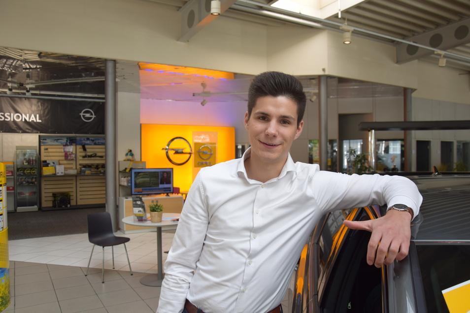 Anton Streit war Azubi beim Autohaus Dresden und strebt jetzt eine steile Karriere an.