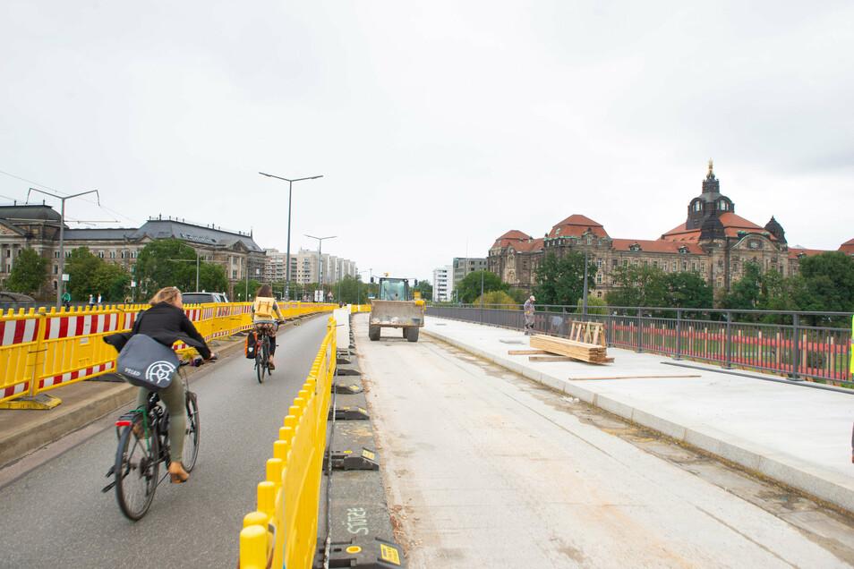 Ab Oktober werden die Radfahrer und Fußgänger den neuen Weg nutzen können. Dann kann die Behelfspiste abgebrochen werden.