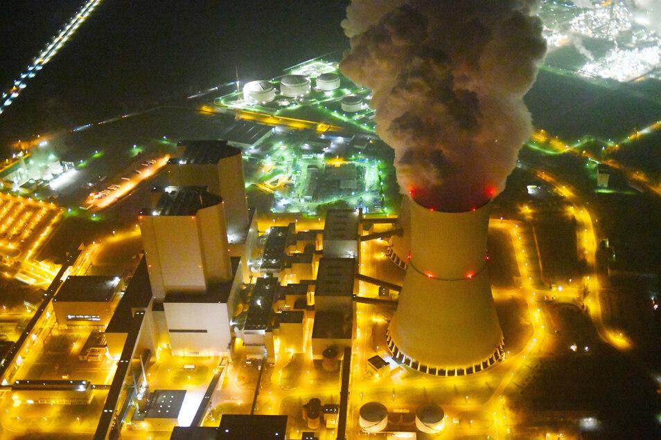 Einige Kraftwerke werden ihre Produktionskapazitäten sogar herunterfahren müssen.