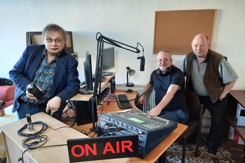 Andreas Herrmann, Jörg Dietze und Peter Gleissner gehören zum Team von Radio Zett.