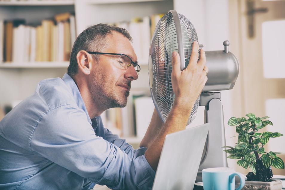 Schwindel, Unwohlsein und Kopfschmerzen: Alles mögliche Folgen der Sommerhitze.